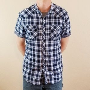 EIGHTY EIGHT Platinum Plaid Short Sleeve Shirt